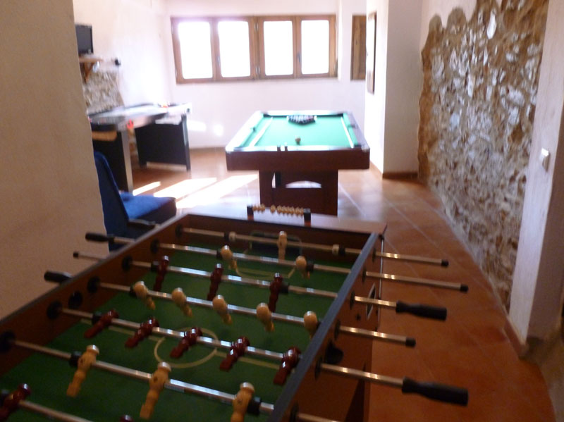 Sala De Juegos En Casa Rural Castellon Virtual