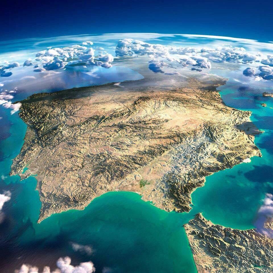 Aeropuerto Castellón: Vuelos semanales que consolidan la marca Castellón