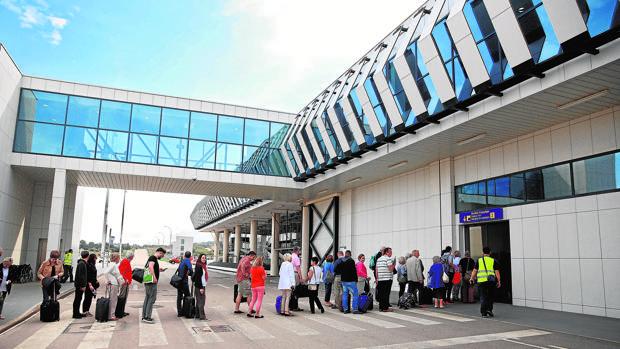 Ryanair pide promoción turística de Castellón