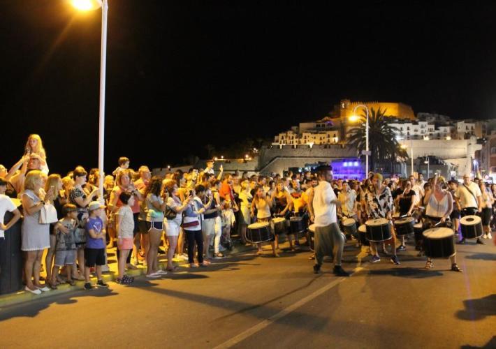 Peñíscola cierra el primer fin de semana del verano con plena ocupación hotelera
