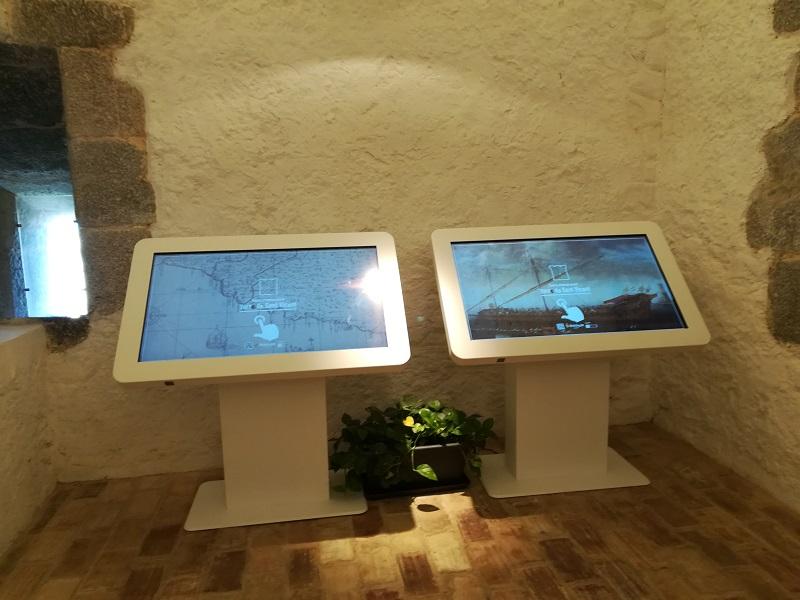 Torre de San Vicente pantallas multimedia