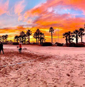La playa de Castellón se impone como uno de los espacios favoritos para los encuentros navideños