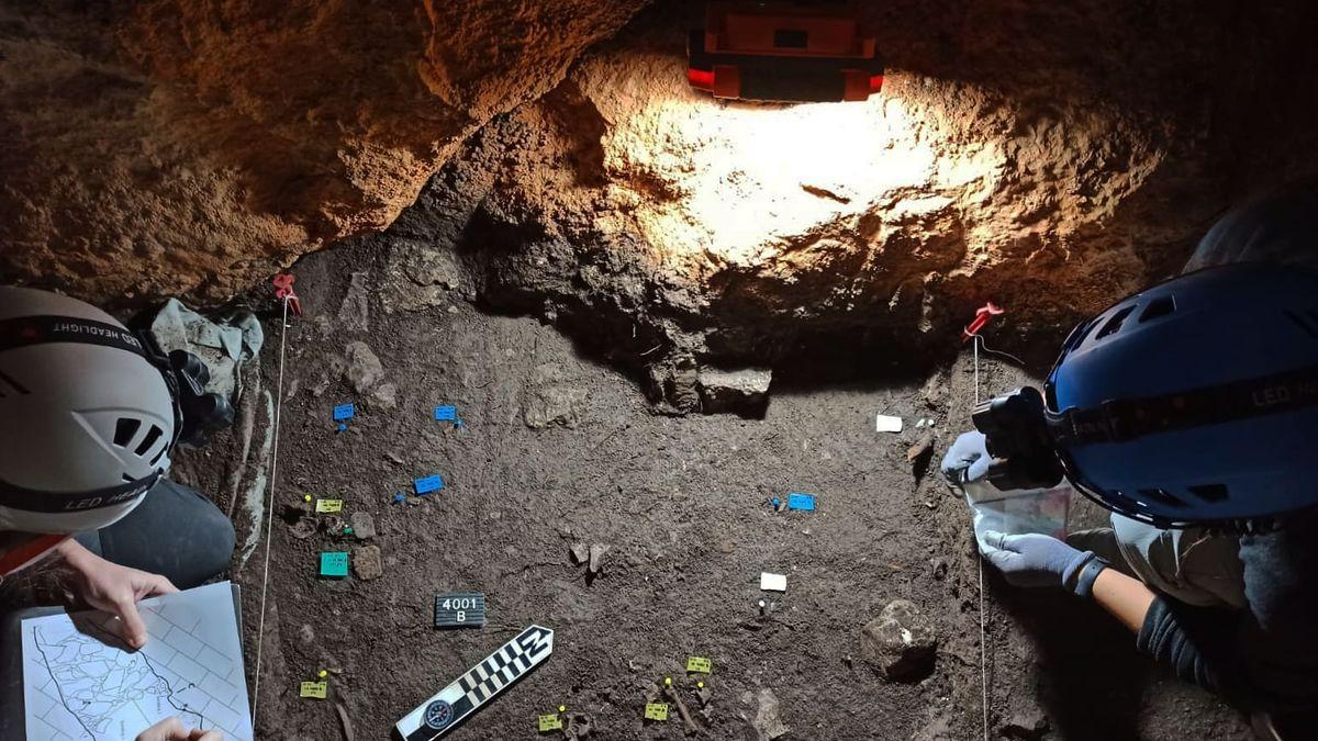 Hallan en Atzeneta evidencias de un ritual funerario de 4.000 años de antigüedad